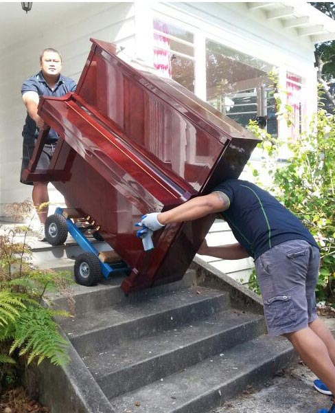 moving piano in Auckland