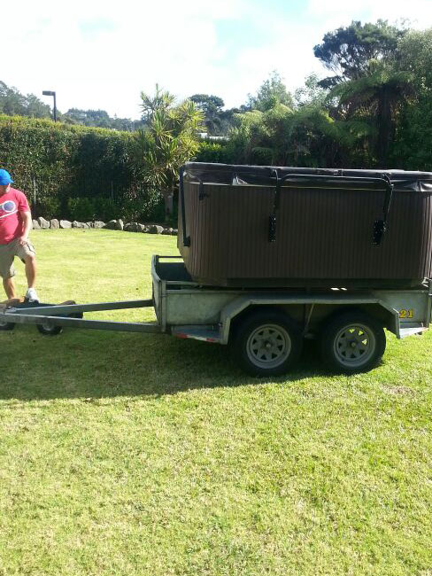 safely moving a spa pool in AUckland